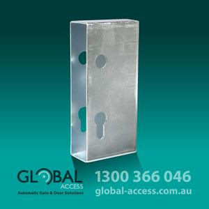 29 446040 Lock Box Cover 1